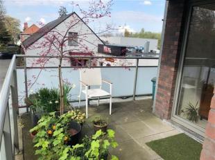 Knap 2 slaapkamer-appartement mét 2 terrassen!<br /> Ruim 2-slaapkamer appartement van 89m² met doordachte indelingen knap terras van 12 e