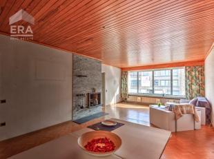 Bent u op zoek naar een ruim 2-slaapkamer appartement met garagebox en tuin? En schrikken bovendien enkele renovatie-/ opfrissingswerken u niet af? Da