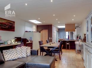Wilt u mooi en modern wonen, op enkele tellen in het centrum van Antwerpen zijn en kan u een grote garage of een opslagruimte gebruiken? Dan is dit hu