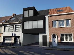 Goed gelegen perceel bouwgrond in Sint-Niklaas. Het betreft een lot bouwgrond met een recht van overbouw. Het perceel heeft een straatbreedte van 7,5m