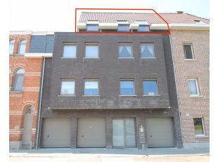 Uitstekend gelegen nieuwbouw appartement met één slaapkamer in het centrum van Sint-Niklaas. De uitstekend ligging aan het Koningin Elis