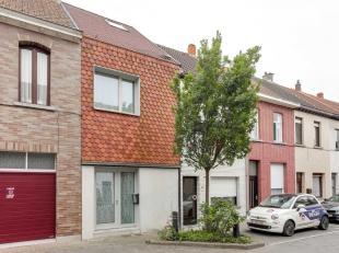 Op zoek naar een energiezuinige woning in het centrum van Sint-Niklaas? Benieuwd? Lees dan snel verder!De gezellige open keuken, de ruime kamers, de v