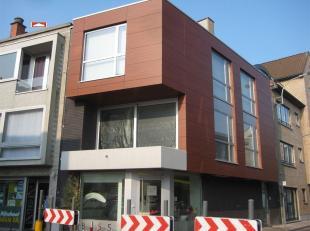 Lux. nieuwbouwappt - duplex : hall, living, inger. keuken, berging inger. badk, 3 slpks, 2 x afz wc, EPC : E82, euro 700,00/m