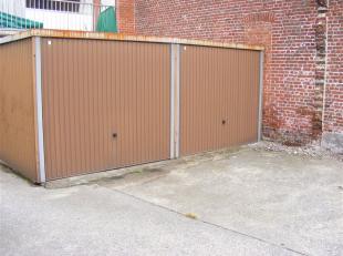 Garage à louer                     à 8930 Menin