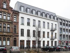 Napoleonkaai, Bordeauxstraat, Oostkaai, omringd door het Willemdok en het Verbindingsdok.Deze realisatie uit 2010 bestond enerzijds uit een nieuwbouwg