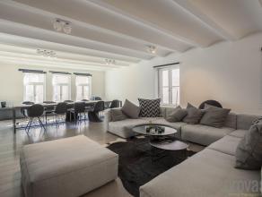 """Subliem loftappartement van ca 195 m² op de derde verdieping van de hoogstaande realisatie """"Hoopnatie"""", het iconische gebouw van de hand van arch"""