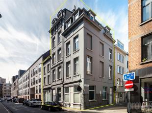 Opbrengsteigendom en projectopportuniteit gelegen op een toplocatie.<br /> Pal in de Antwerpse studentenbuurt; op de hoek van de Korte en Lange Sint-A