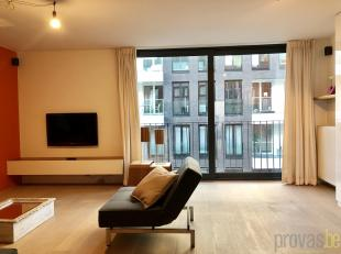Stijlvol gemeubeld appartement van ca 77 m² op de derde verdieping van een kleinschalige realisatie in de Goedehoopstraat.<br /> De toplocatie is
