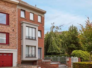 INSTAPKLARE, charmante bel-étage gelegen nabij de wijk Sint Elisabeth! Toplocatie te Kortrijk! KWALITATIEVE woning voorzien van alle hedendaags