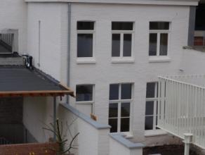 stadswoning met stadstuin in historisch Gent.Recente woning in residentie Hoogstede, gelegen aan de Hoogstraat en Brouwersstraat, deze charmante wonin