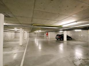 Autostandplaats te huur vlakbij de Sterre. Deze autostandplaats is gelegen in een recent gebouw op verdieping -1 en heeft een zeer gemakkelijke inrit.