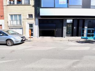 Ondergrondse autostaanplaats te koop in Gent.<br /> Gelegen op een gunstige locatie: aan de Coupure en op wandelafstand van het Rabot en het centrum v