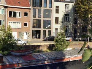 Voor de investeerder: Dit project bestaat uit 3 appartementen allen met terras(2 duplexen en 1 appartement) en staat garant voor een hoogwaardige afwe