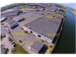 Benaderende AFMETINGEN (gebouw): 144m x 74m of 10.400m2Grondopp.: 13.640m218 bedrijfsunits:- 12 units van 240m2 (12m x 20m)- 4 units van 445m2 (12m x