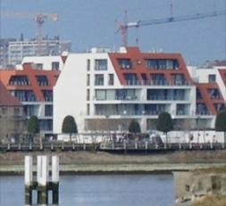 Subliem appartement met twee slaapkamers gelegen in Nieuwbouw residentie Jan Tupin I op de 2e verdieping. Bestaande uit : inkomhall, vestiaire, ingeri