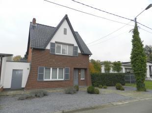 Ligging: de woning is gelegen in Hasselt, Wimmertingen. Hasselt centrum ligt op fietsafstand en al de dagdagelijkse benodigheden in de ruime omgeving.