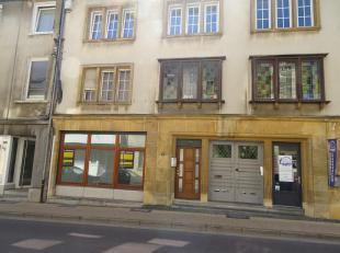Appartement une chambre situé en plein coeur d'Arlon au rez-de-chaussée à vendre. Cet appartement très lumineux vous accue