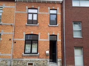 Centrum Tongeren, volledig gerenoveerde woning, landelijke stijl, 3 slaapkamers. Deze woning werd compleet gerenoveerd en voldoet aan de huidige norm