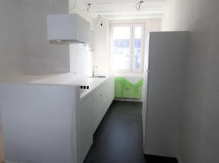 Volledig gerenoveerd appartement op de 1e verdieping nabij Park Spoor Noord en Slachthuissite. Gelegen in een rustige woonwijk. Ruime woon- en eetkame