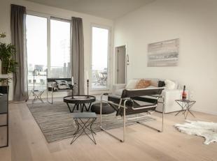 De penthouse in project Aqua Marina is ruim, stijlvol en afgewerkt tot in de kleinste details. Het appartement voorziet een maximum aan natuurlijk dag