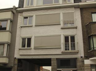 Uitstekend gelegen instapklaar tweeslaapkamer appartement<br /> Dit appartement wordt online verkocht via het BIDDIT platform (www.biddit.be).<br /> D