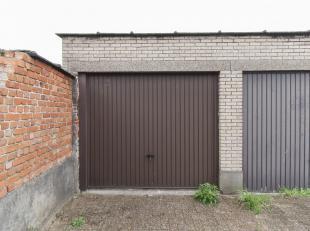 Garage à vendre                     à 2170 Merksem