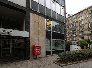 Conditions de la vente publique:<br />  <br /> Séance unique<br /> Le lundi 04/11/2019 à 14h00<br /> In het Notarishuis Koningin Elisabe