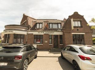 HANDELSPAND - OPEN BEBOUWING<br /> Opp 245,60 m², KI 1901 EUR, kelders, glvl: hal,zaal, keuken, bergingen, sanitaire ruimte, verd: 7 lokalen, keu