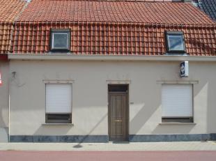 Deze woning kent een grondoppervlakte van 339 m² en werd vroeger deels als woning, deels als handelshuis aangewend. Dit gebouw is thans volledig