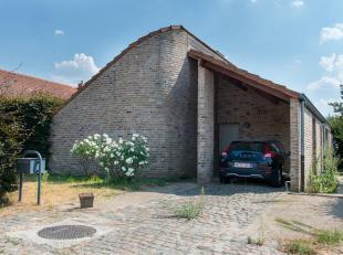 VRIJSTAANDE WONING RUSTIG GELEGEN.<br /> De woning is rustig gelegen op een mooi perceel van 521 m2. De verzorgde woning met een bruikbare vloeropperl