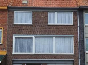 BEL-ÉTAGE<br /> Ruime hall, garage, grote werkplaats, keuken, living, wc, 3 slaapkamers, badkamer, zolder.<br /> EPC 374kWh/m²j.<br /> Bou