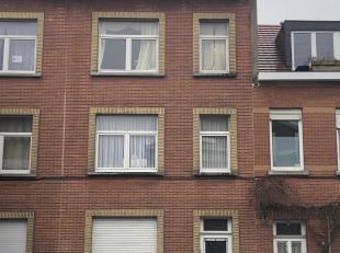 Opbrengsthuis te renoveren in Laeken<br /> Opbrengsthuis te renoveren in Laeken<br /> OPENBARE VERKOOP<br /> Opbrengsthuis te Laeken<br /> 1e zitdag<b