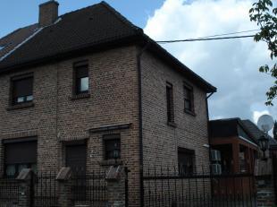 GENK  Bloemenstraat 22, Genk   RUIME HOB MET 3 SLAAPKAMERS<br /> Deze halfopen woning te Genk, Bloemenstraat 22 is centraal gelegen, in de nabijheid v