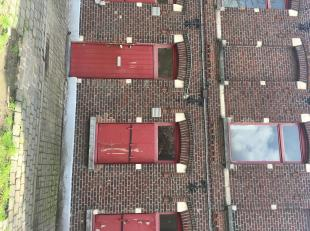Te renoveren beluikhuisje te Gent<br /> Deze ruime woning is gelegen in een van de beluiken in het centrum van Gent.<br /> De woning is volledig te re