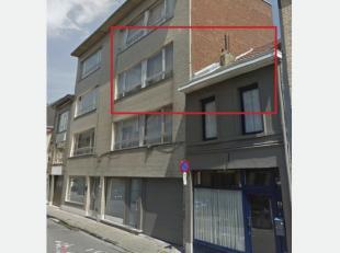 Appartement gelegen in centrum Geraardsbergen<br /> Appartement gelegen op de 2de verdieping met 3 slaapkamers waarvan 2 kleinere en 1 grote. In het a