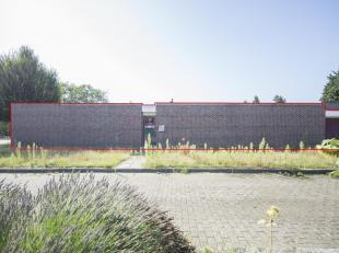 DRIEGEVELBUNGALOW met GARAGE en 3 SLAAPKAMERS<br /> Op 7 km van Leuven, op 5km van E314.<br /> Gekad. 15de afd wijk C nrs 0219FP0000 en 0219XP0000, 3a