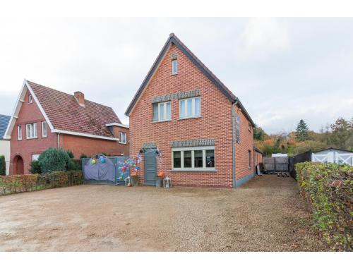 Woning te koop in Zolder, € 180.000