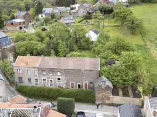 Ensemble immobilier de 2 maisons & dépendances<br /> Ensemble immobilier comprenant 2 MAISONS villageoises À RÉNOVER, d&eacut