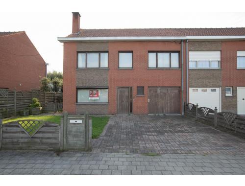 Woning te koop in Kuurne, € 165.000