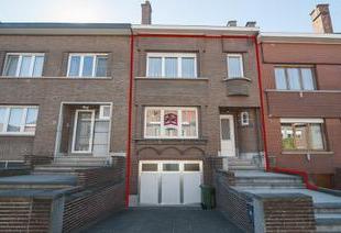 WELGELEGEN WONING MET TUIN EN GARAGE<br /> Een bel-étagewoning met garage en tuin, gelegen in een rustige buurt nabij het centrum van Leuven.<b
