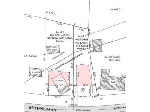 2 PERCELEN BOUWGROND<br /> Lot 1: perceel bouwgrond voor open bebouwing, kad. bek. sectie C, nr. 871A P0000, groot 1.376m². Straatbreedte 23,01m.
