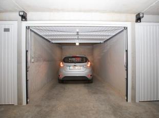 Garage à vendre                     à 8620 Nieuwpoort