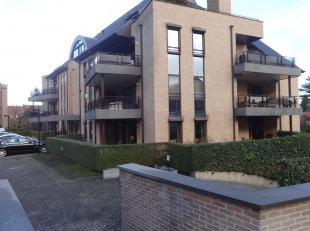 1/6 blote eigendom appartement te Maaseik, Stationsstraat 30 bus 2, prijs: 50.121,50euro, 2 slaapkamers. Stedenbouw: Vg-Wg-Gdv-Gvkr-Gvv. Meer info: ww