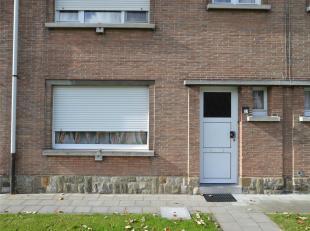 OP TE FRISSEN WONING<br /> Opp. 212 m². KI euro 255,00<br /> EPC in aanvraag.<br /> Glvl.: inkom,woonkamer,keuken, wc, wasberging;<br /> 1ste ver