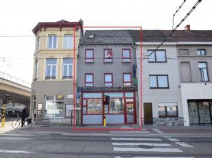 HANDELS- EN OPBRENGSTEIGENDOM<br /> Frituur en 5 studio's/appartementen<br /> (ingang studio's/app. via Keizersvest 1).<br /> Gekend ten kadaster Gent