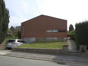 Maison 4 façades dans quartier résidentiel verdoyant<br /> - SOUS-SOL : buanderie  3 pièces  chaufferie  couloir <br /> - REZ-DE-