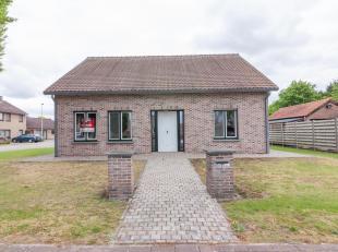 Notaris Silvie LOPEZ-HERNANDEZ met standplaats te Neerpelt, zal online verkopen:<br />  GEMEENTE HAMONT-ACHEL, tweede afdeling<br />  Woonhuis, gelege