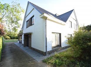 Zeer rustig gelegen WONING met TUIN en GARAGE<br /> STAD GENT - zesentwintigste afdeling - Drongen, Gekad. sectie B nr 0041X6P0000, Opp. 435 m² -