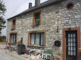 Belle maison en pierre avec garage et jardin<br /> Maison d'habitation située à Cerfontaine, rue  les Ruelles, 6 et 6+ avec jardin et ga