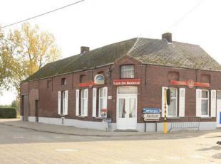 Te renoveren handelspand te Putte, Leuvensebaan 179<br /> GEMEENTE PUTTE, eerste afdeling<br /> Een handelshuis - vroeger gekend als Café De Re
